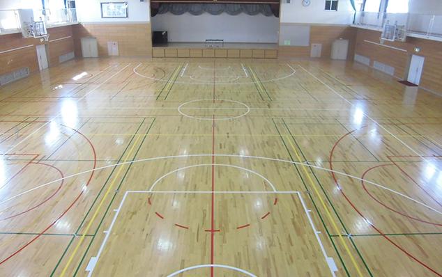 バスケットボールコートライン部分変更工事施工後のようす2