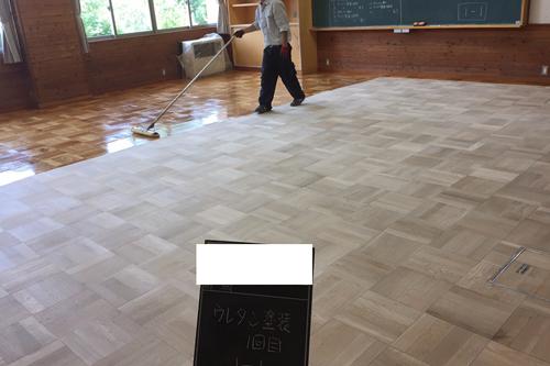 木床塗装1回目