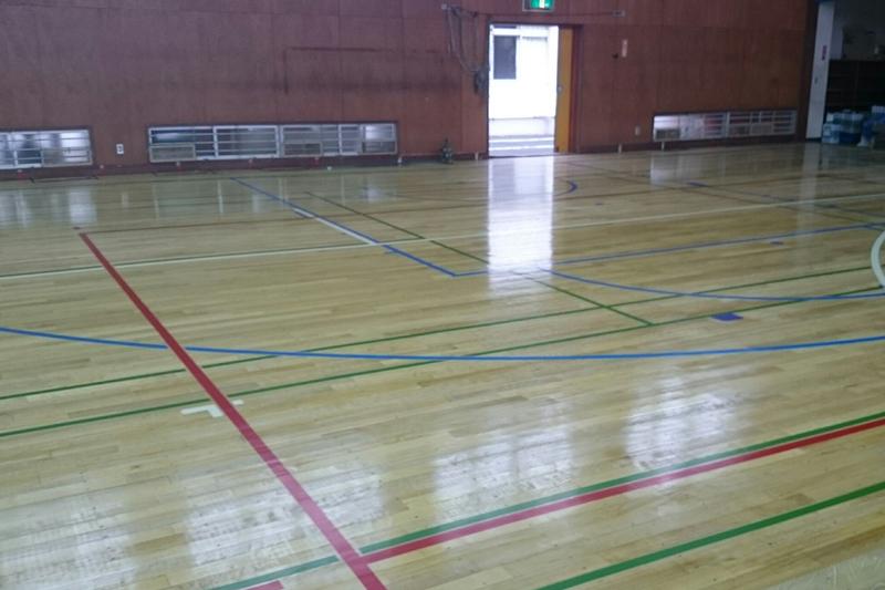 体育館コートライン塗装