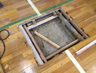 床金具の基礎の型枠