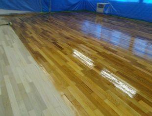 群馬県内小中学校 研磨塗装工事2
