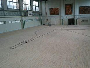 東京都中学校の体育館改修工事