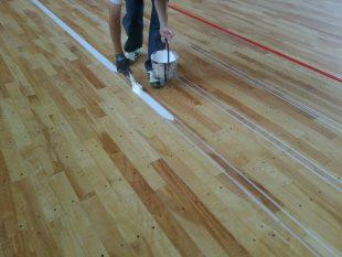 長野県内体育館のライン塗装