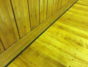 長野県内体育館床改修エキスパンションゴム施工後