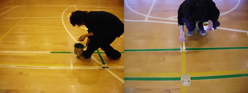 バドミントンコートライン引きを行っています。多くの施設でバドミントンコートラインは緑が選ばれています。