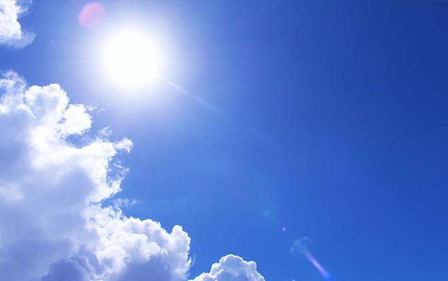 暑いので職人さんたちには特に水分補給をするなど気をつけてもらってます