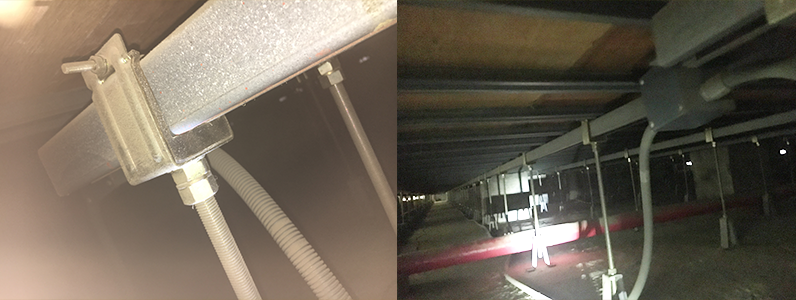 現場調査・既存の体育館鋼製床下地のようす