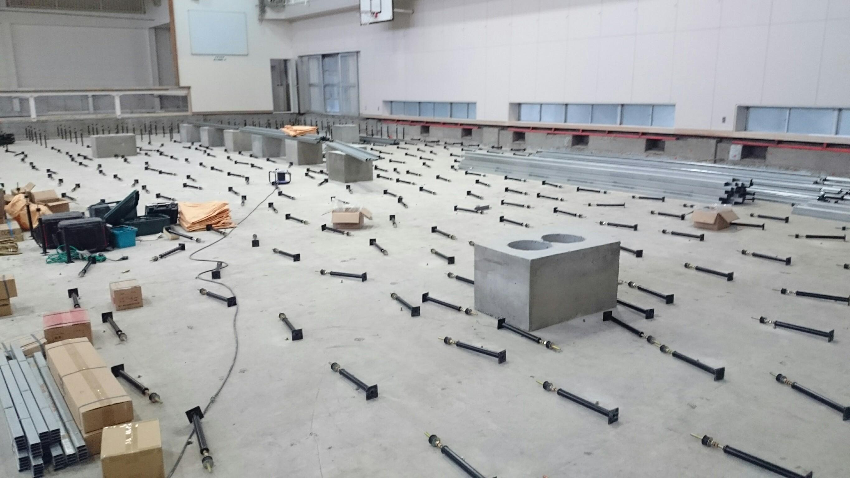 鋼製床下地組み