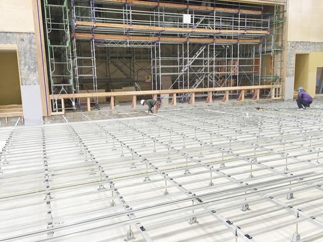 鋼製床下地組み工事
