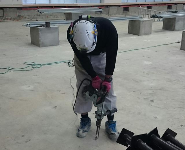 鋼製床下地