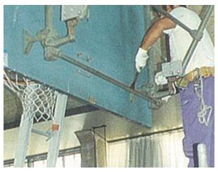 体育器具及びスポーツフロア総合施工体制へ